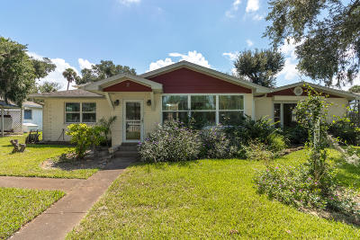 Volusia County Single Family Home For Sale: 2 Cedar Street