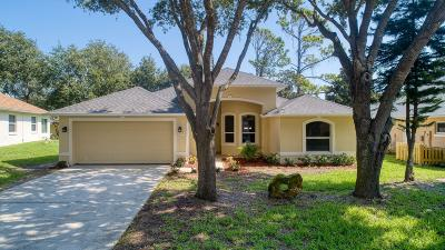 Volusia County Single Family Home For Sale: 32 Sherrington Drive