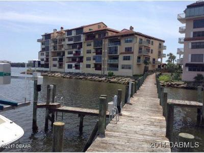 Volusia County Condo/Townhouse For Sale: 742 Marina Point Drive #7420