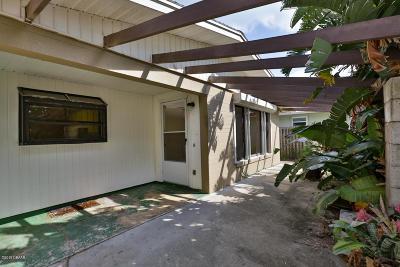 New Smyrna Beach Single Family Home For Sale: 838 E 13th Avenue