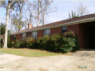 Laurel Hill FL Single Family Home For Sale: $129,000