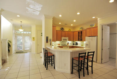 Destin Single Family Home For Sale: 93 Cayman Cove