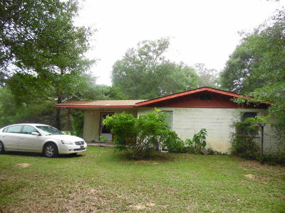 Defuniak Springs Single Family Home For Sale: 897 Peacock Road