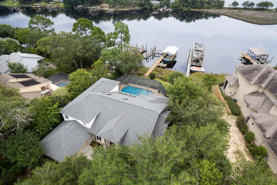 Niceville Single Family Home For Sale: 1222 N Lakeshore Drive