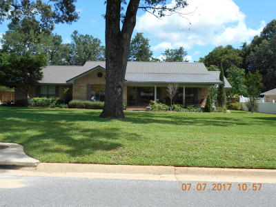Crestview Single Family Home For Sale: 1526 Texas Parkway