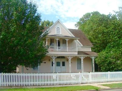 Defuniak Springs FL Single Family Home For Sale: $199,000