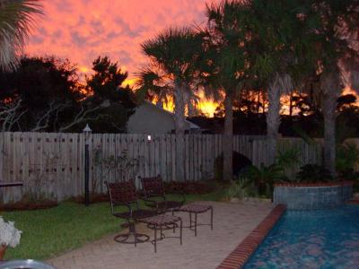 Destin Single Family Home For Sale: 308 Lakeview Beach Drive