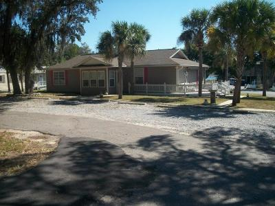 Niceville Single Family Home For Sale: 103 Bayshore Drive