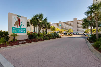 Navarre Condo/Townhouse For Sale: 8525 Gulf Boulevard #APT 104
