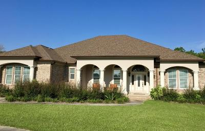 Freeport Single Family Home For Sale: 73 Cool Wind Court