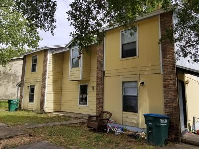 Crestview Condo/Townhouse For Sale: 119 Hampton Drive #119-123