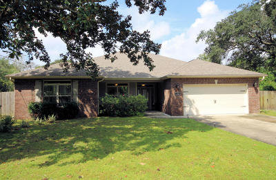 Fort Walton Beach Single Family Home For Sale: 223 Forest Court