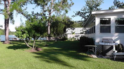 Defuniak Springs Single Family Home For Sale: 757 Paradise Island Drive