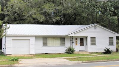 Defuniak Springs FL Single Family Home For Sale: $106,000