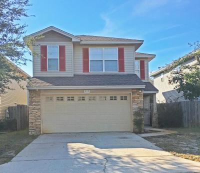 Shalimar Single Family Home For Sale: 825 Sugar Plum Lane