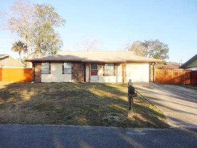 Shalimar Single Family Home For Sale: 86 Berwick Circle
