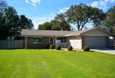 Shalimar Single Family Home For Sale: 87 Mooring Lane