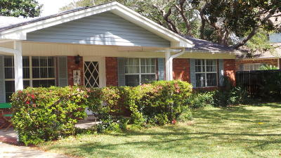 Fort Walton Beach Single Family Home For Sale: 331 NE Yacht Club Drive