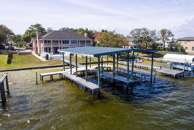 Fort Walton Beach Condo/Townhouse For Sale: 2402 Marina Drive