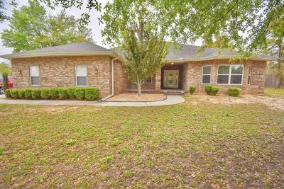 Crestview Single Family Home For Sale: 6113 Burbank Court