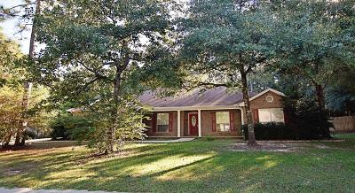 Crestview Single Family Home For Sale: 5853 Saratoga Drive