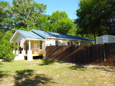 Defuniak Springs Single Family Home For Sale: 120 N Davis Lane