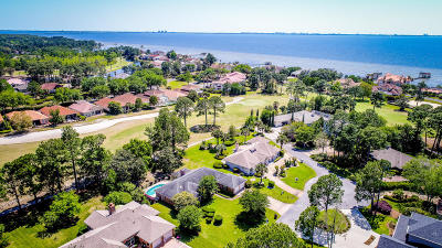Niceville Single Family Home For Sale: 124 Baywind Drive