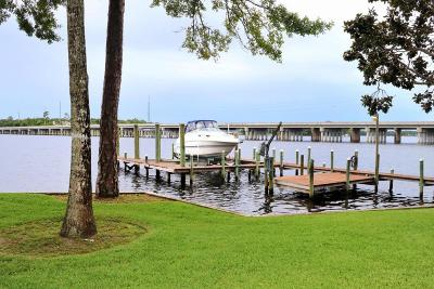 Niceville Single Family Home For Sale: 2504 Edgewater Drive
