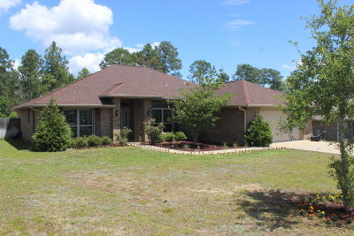 Crestview Single Family Home For Sale: 242 Raptor Drive