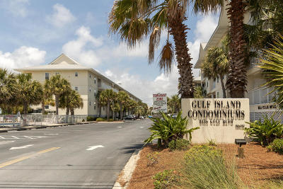 Navarre Condo/Townhouse For Sale: 8436 Gulf Boulevard #513