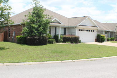 Crestview Single Family Home For Sale: 145 Alicia Drive