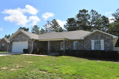 Single Family Home For Sale: 137 Conquest Avenue