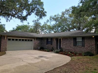 Navarre Single Family Home For Sale: 6890 Fantasia Court