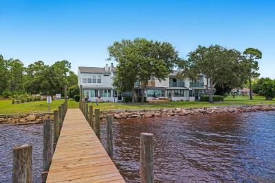 Freeport Condo/Townhouse For Sale: 155 Dolphin Cove #UNIT 5
