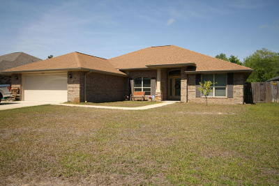Navarre Single Family Home For Sale: 2488 Abaco Drive