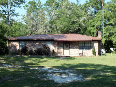 Ponce De Leon FL Single Family Home For Sale: $130,000
