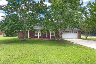 Crestview FL Single Family Home For Sale: $225,000