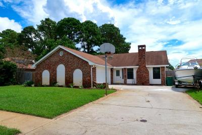 Mary Esther Single Family Home For Sale: 1010 Quail Hollow Drive