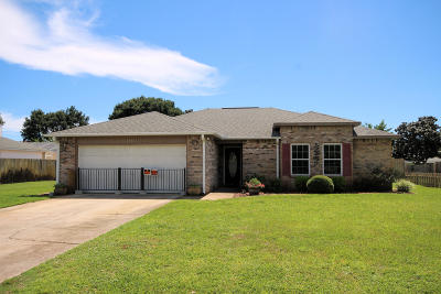 Navarre Single Family Home For Sale: 6913 Sea Trout Circle