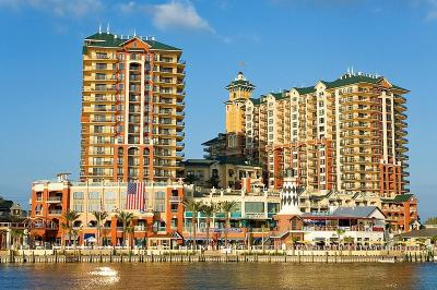 Destin Condo/Townhouse For Sale: 10 Harbor Boulevard #UNIT W82