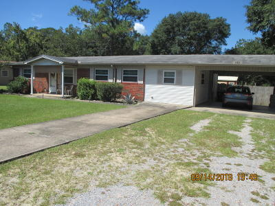 Defuniak Springs Single Family Home For Sale: 791 Twin Lakes Drive