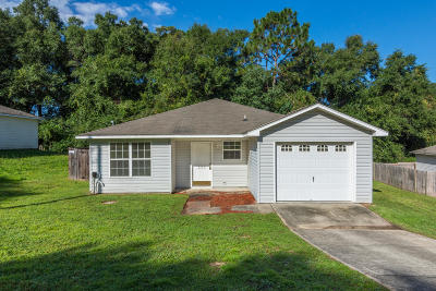 Crestview Single Family Home For Sale: 233 Panama Drive