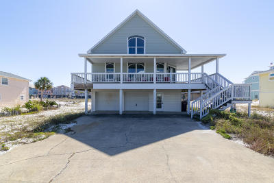 Navarre Single Family Home For Sale: 7689 White Sands Boulevard