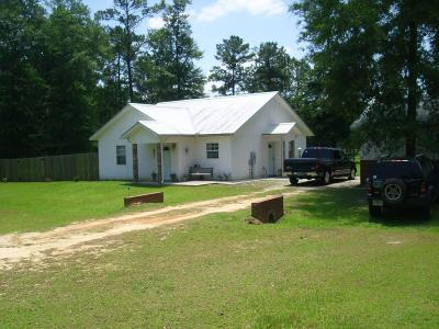 Holmes County Single Family Home For Sale: 1544 Skelton Street Street