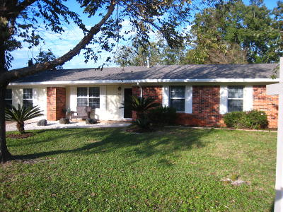 Mary Esther Single Family Home For Sale: 161 Brewer Circle