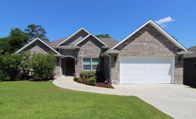 Niceville Single Family Home For Sale: 108 Maggie Valley Cove