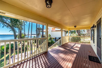 Fort Walton Beach Single Family Home For Sale: 44 SE Bay Drive