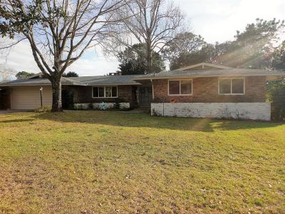 Shalimar Single Family Home For Sale: 25 Magnolia Avenue