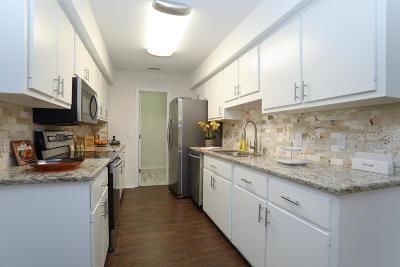 Crestview Single Family Home For Sale: 382 Riverchase Boulevard