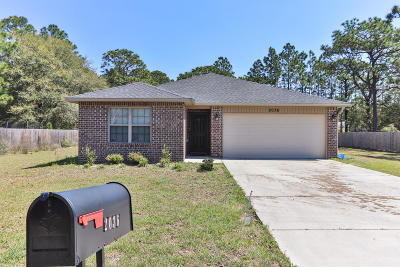 Navarre Single Family Home For Sale: 2036 Adams Street